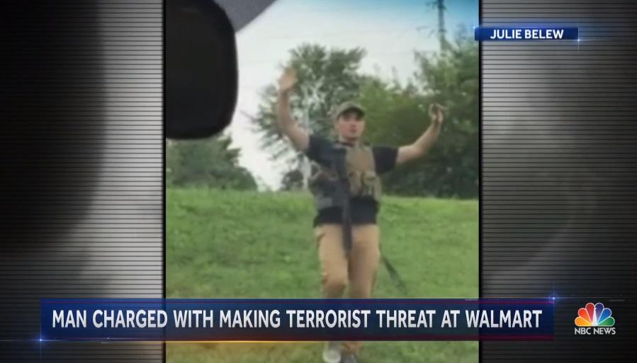 Một người đeo súng vào Walmart ở Missouri vì muốn mọi người tôn trọng Tu Chính Án Số 2