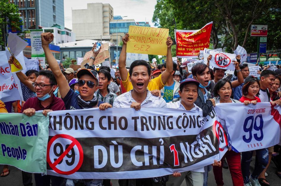 Việt Nam gia tăng đàn áp nhân quyền