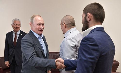 Putin khen võ sĩ Nga