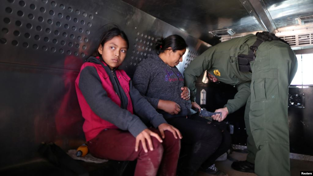Mỹ muốn thử DNA người xin tị nạn