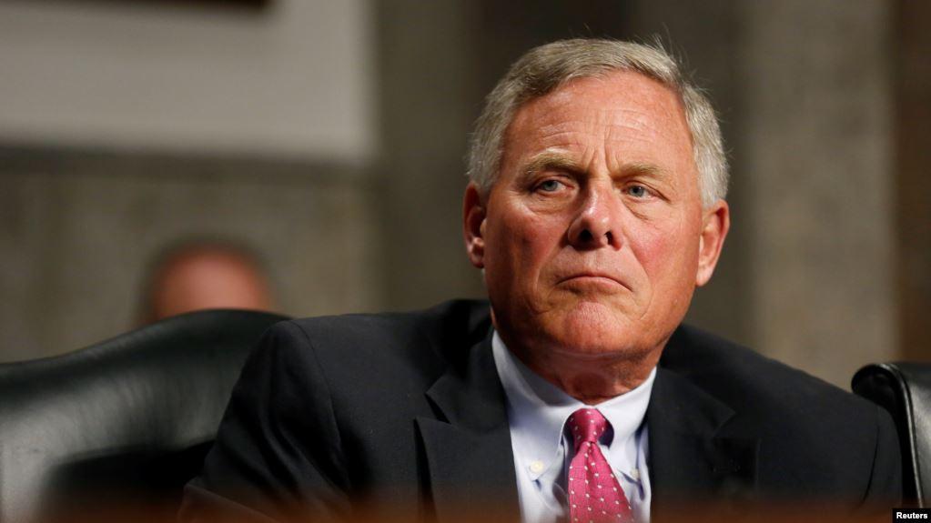 Vướng scandal, Chủ tịch Ủy ban Tình báo Thượng viện Mỹ từ chức