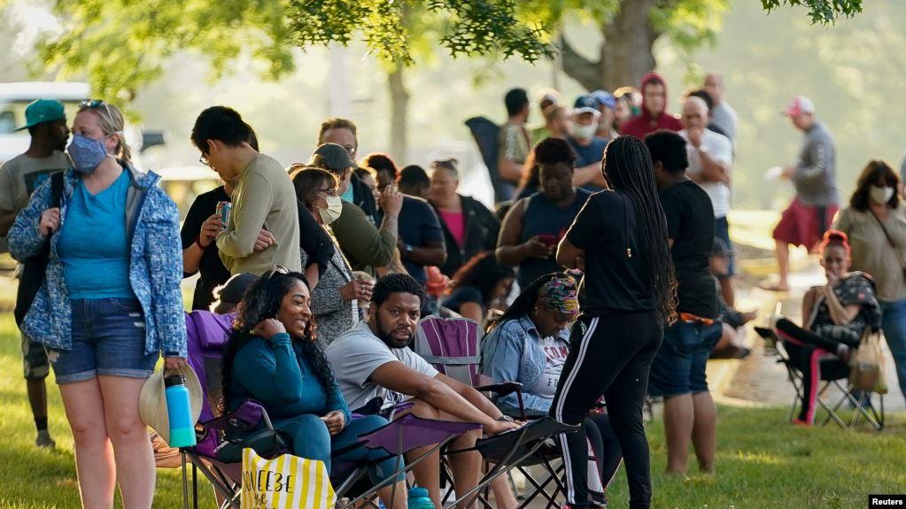 Mỹ: Tỉ lệ thất nghiệp giảm, thêm hàng triệu người có việc làm