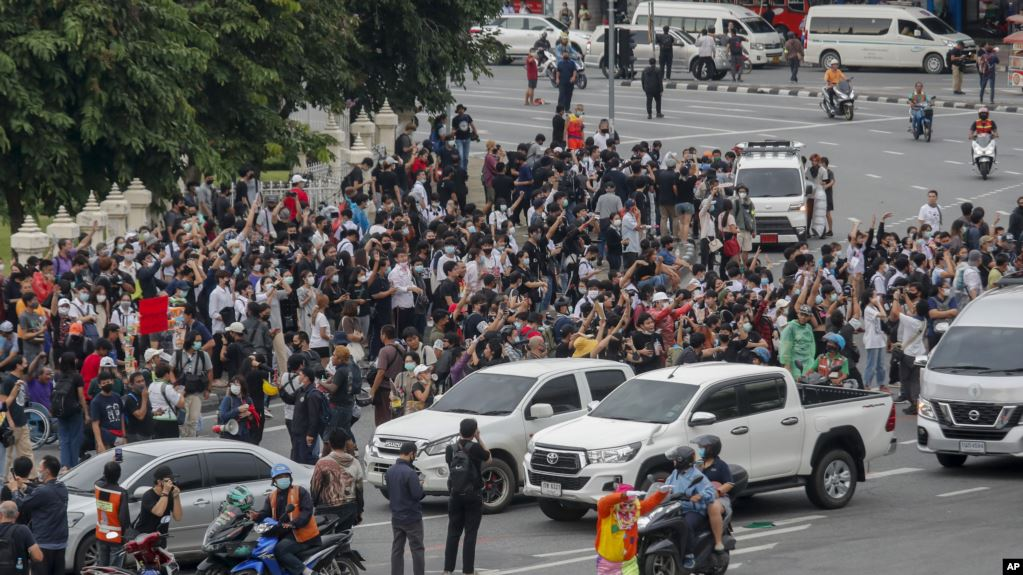 Biểu tình Thái Lan: hai học sinh trung học bị truy tố