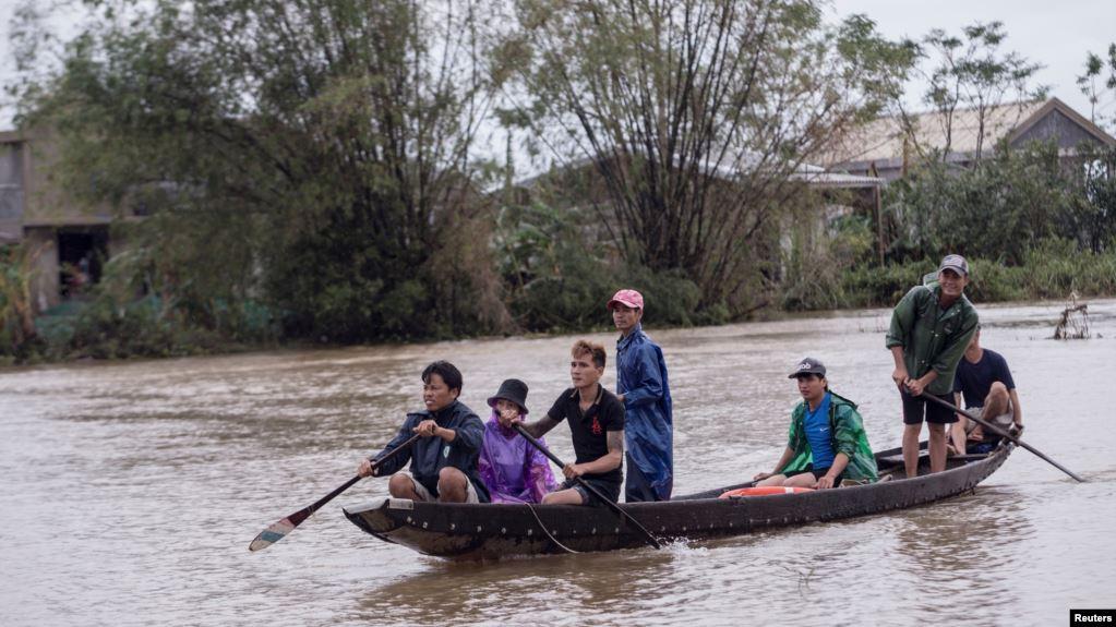 Tác giả ảnh 'Thảm sát Mỹ Lai' gây quỹ cứu trợ miền Trung Việt Nam
