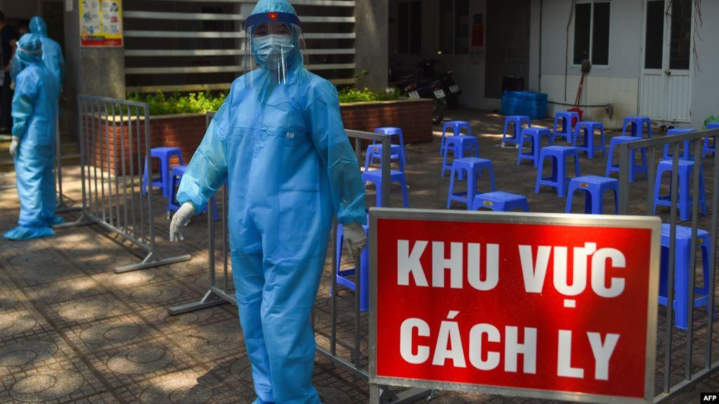 Việt Nam khởi tố hình sự nam tiếp viên làm lây lan dịch COVID