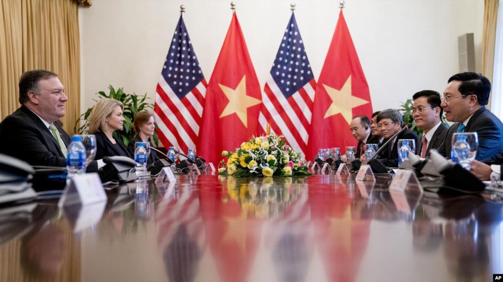 Việt Nam, Mỹ 'nỗ lực' giải quyết tranh chấp thương mại để tránh thuế quan