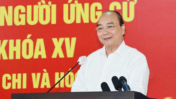 Chủ tịch Việt Nam cảnh báo 'dân chủ tào lao', lo đất nước 'loạn'