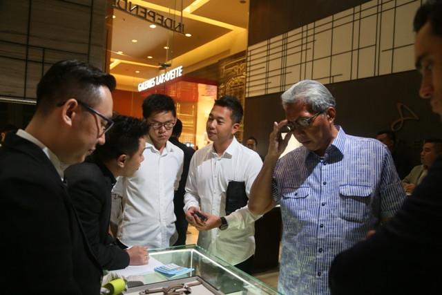Hong Kong rút ngắn cách ly còn 7 ngày với hầu hết người nhập cảnh
