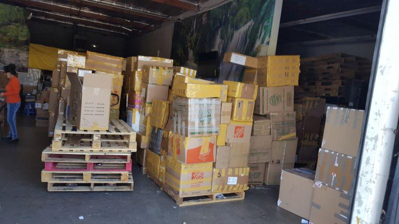 Tăng vọt lượng hàng hóa người Việt California gởi về hỗ trợ thân nhân Việt Nam